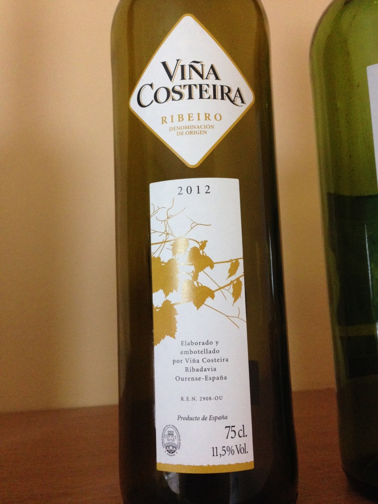 Viña Costeira, a popular wine from the Ribeiro D.O.